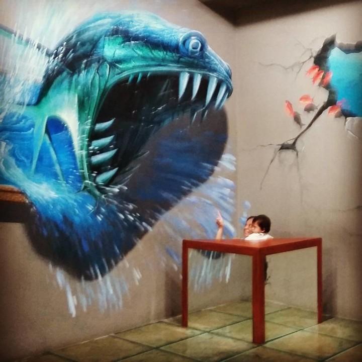 Interactive Illusion Painting