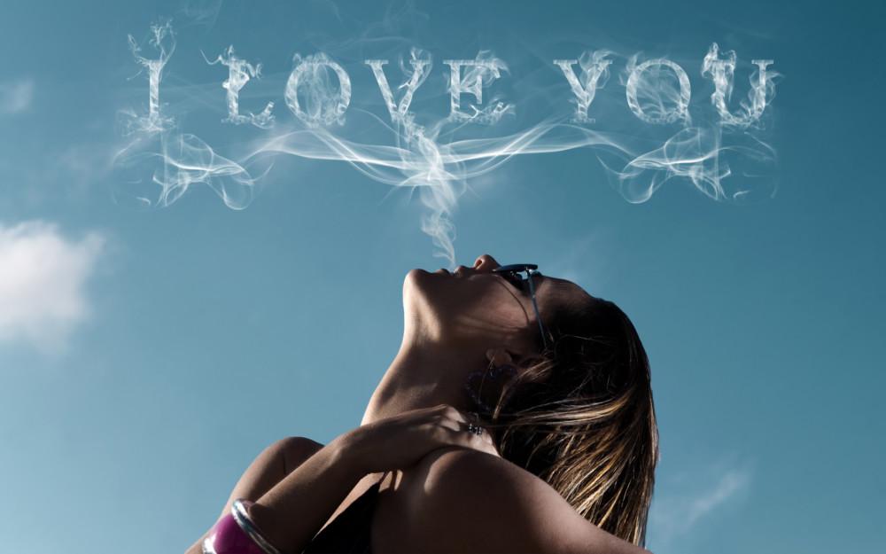 Woman in Love Wallpaper