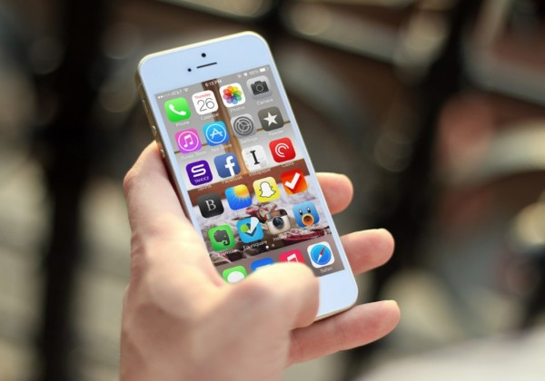 iphone-mockup-psd