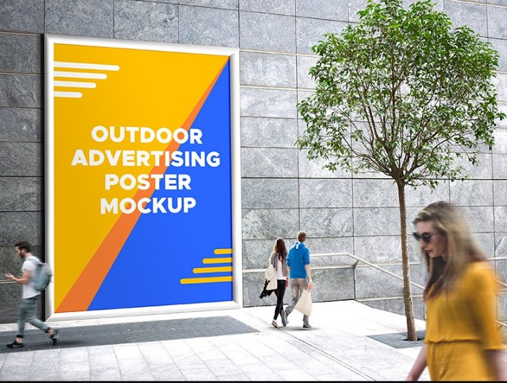 Free Realistic Outdoor Poster Mockup PSD