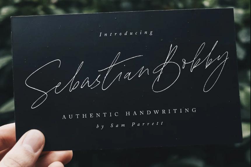 Realistic Cursive Flowing Fonts