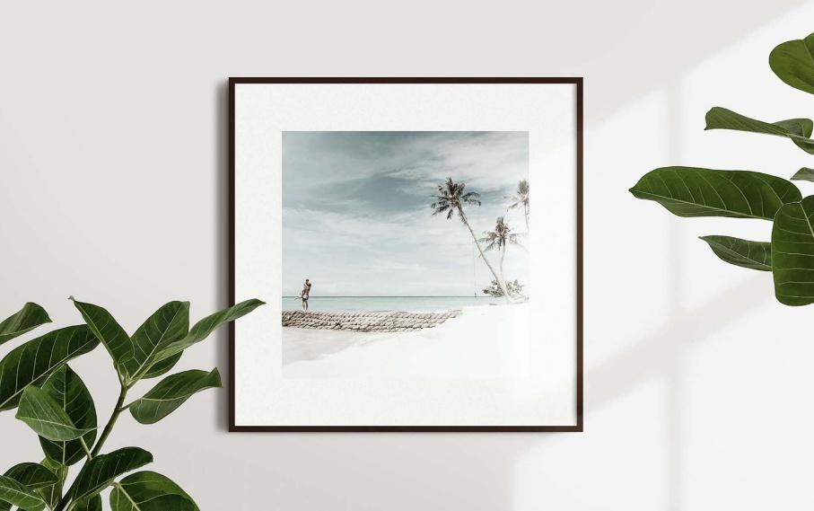 Elegant Free Frame Mockup