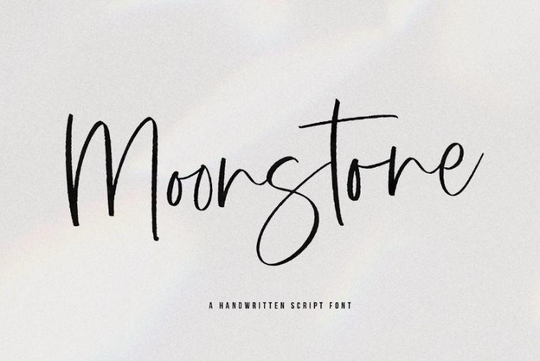 Momoline Signature Typeface